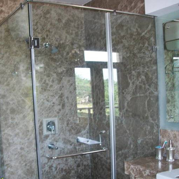 glass shower cubicle and enclosure